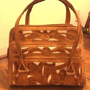Avelars genuine leather hand bag